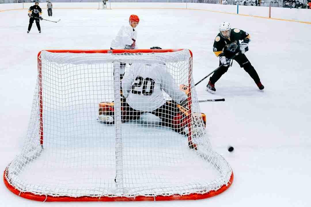 Comment jouer au hockey sur glace
