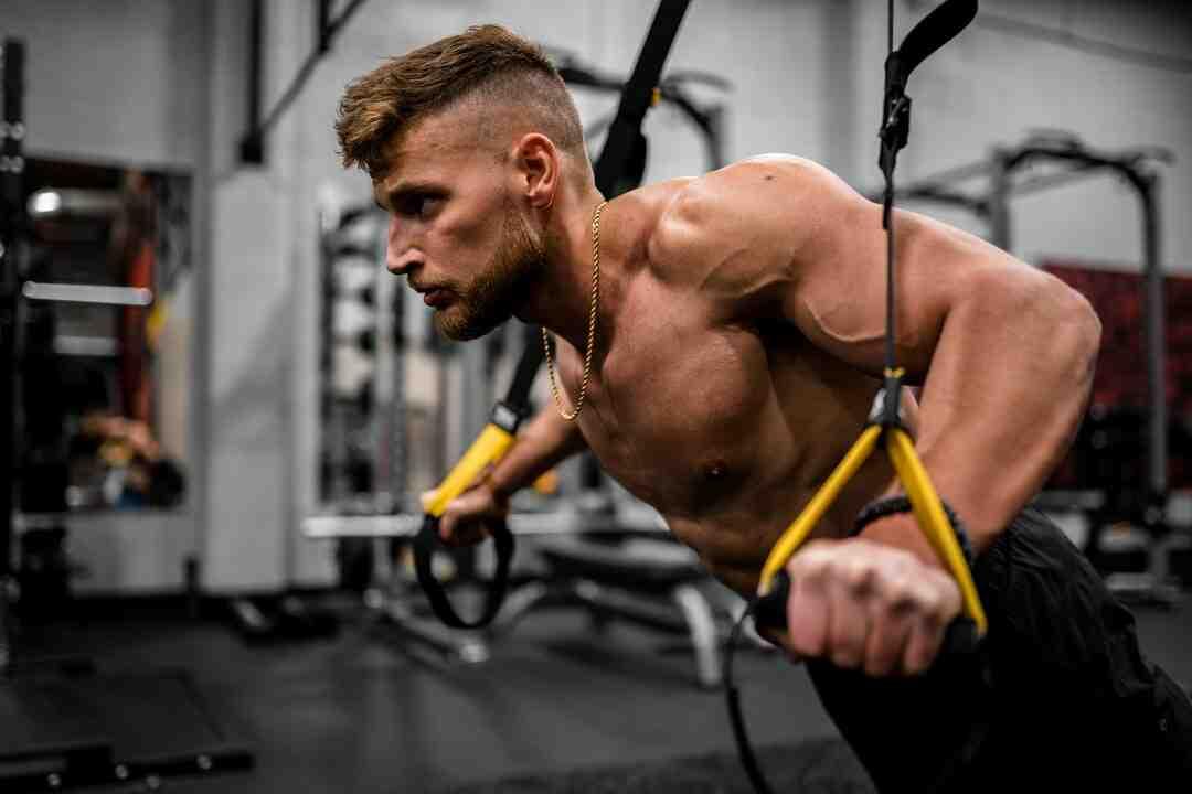 Comment se muscler les épaules
